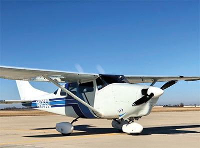 Cessna 207 with 2-blade MTV-15