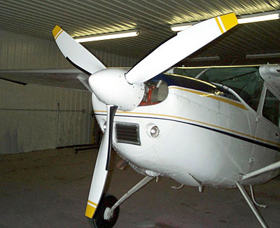 Cessna 185 with 3-blade MTV-9