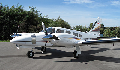 Piper PA-34 with 3-blade MTV-12