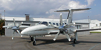 Piper PA-42 with 5-blade MTV-27